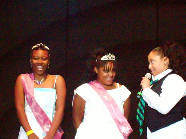 "Miss Charity Rose and Miss Motivator on Stage with ""Raven Symone"""