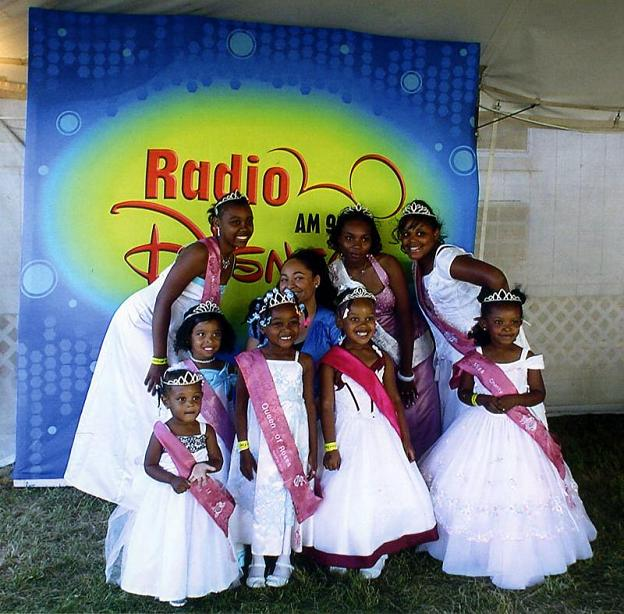 "2008 Miss Charity Rose Winners with ""Raven Symone"""